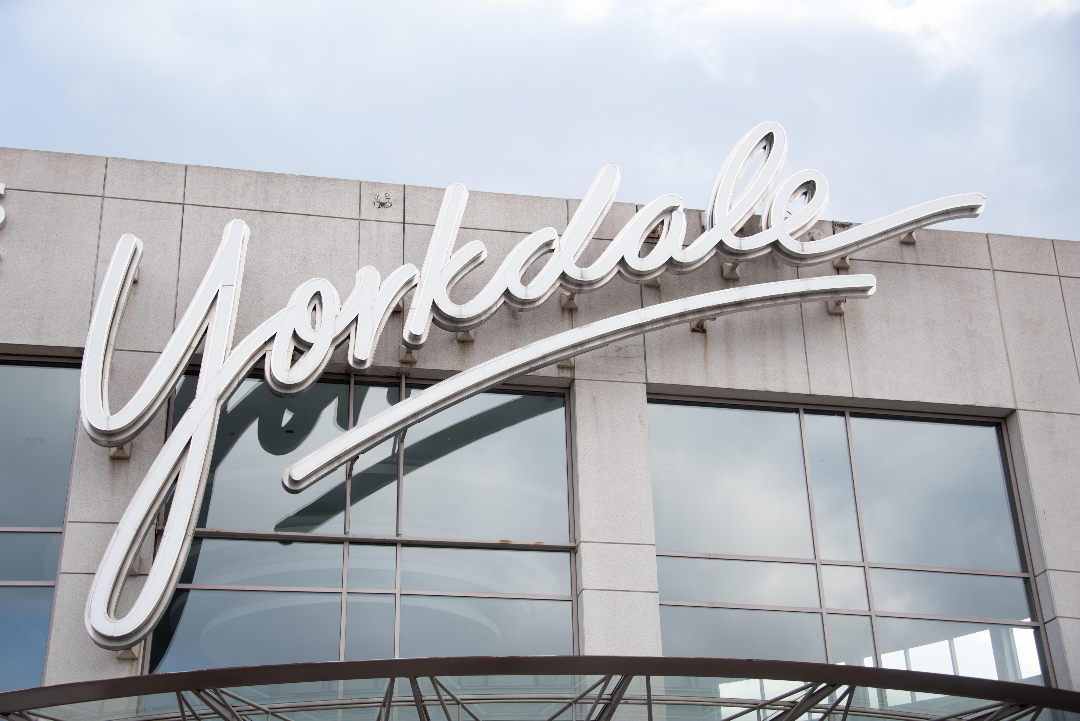 Yorkdale Shopping Centre, Toronto, Ontario, Canada